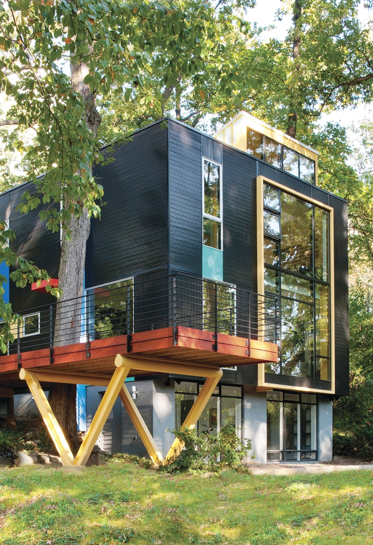 Modern_Treehouse_Home.jpg